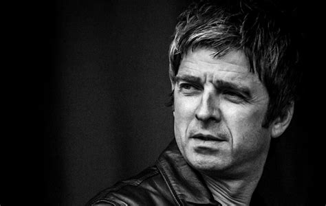 "Noel Gallagher slams government's ""hippy ideals"" for being"