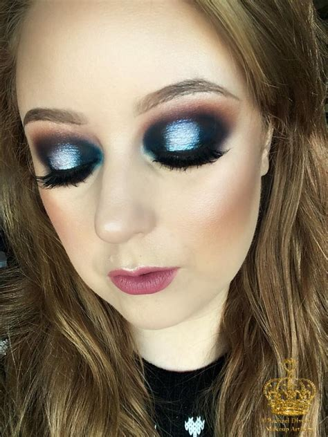 New Year's Eve Glam Navy and Silver Spotlight Eye Makeup