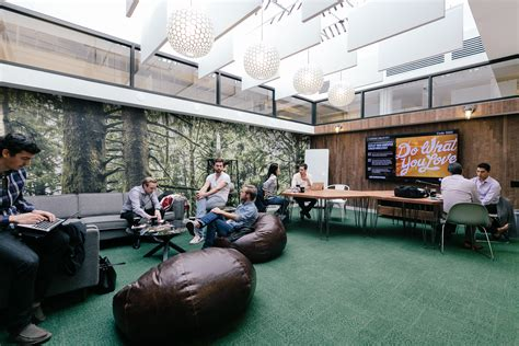 WeWork raises $355M at nearly $5B valuation, plans IPO