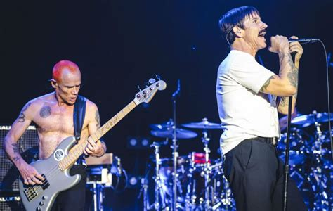 Red Hot Chili Peppers confirm gig at the Egyptian Pyramids